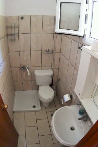 studios porto thassos bathroom
