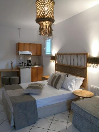 superior studio porto thassos bed kitchen